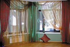 Как сшить шторы на угловое окно 58